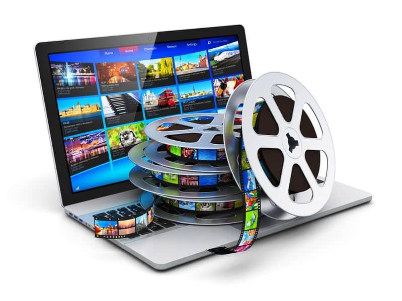 ordinateur-portable-avec-pellicules-de-film